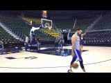 Stephen Curry shooting routine, Warriors (2-0) bench players playing 3-on-3, day before Utah Jazz G3