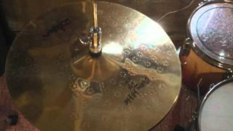 Zildjian (Hybrid) 14 Hi-Hat Z Custom Top(old)\Quick Beat Bottom