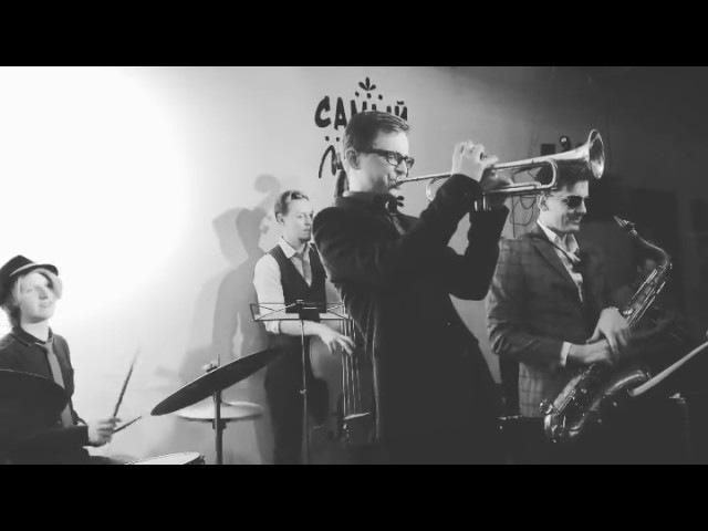 Концерт, джаз в Хорошей Республике. Исполняют The Facepalmers