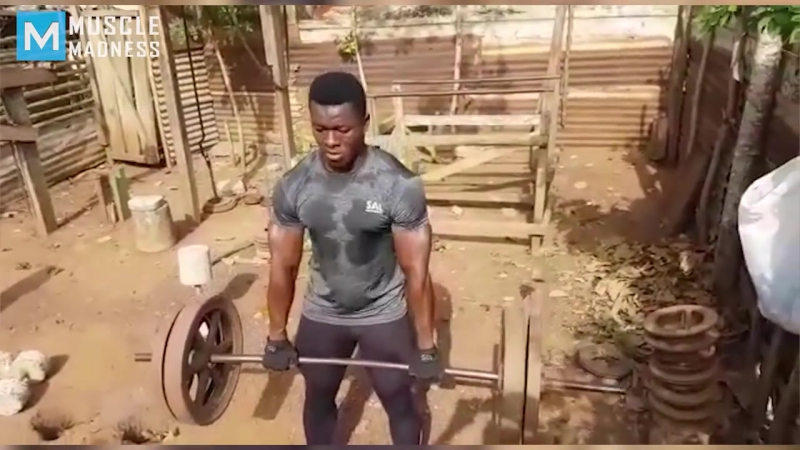 REAL GYM - African Bodybuilders