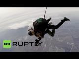 91-летний ветеран ВОВ прыгнул с парашютом ко Дню Победы