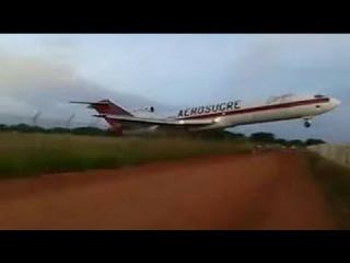 Impressive videos of the Aerosucre Colombia 727 cargo plane crash.