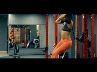 4 упражнения для красивого живота׃ тренировка в зале