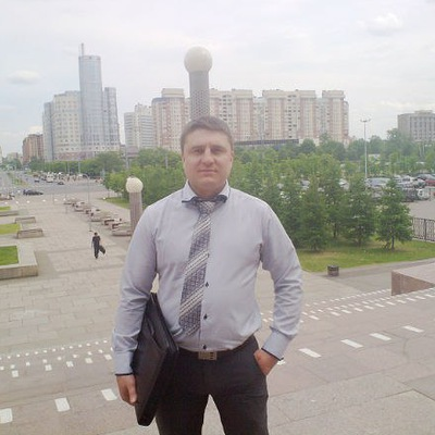 Виталий Власов