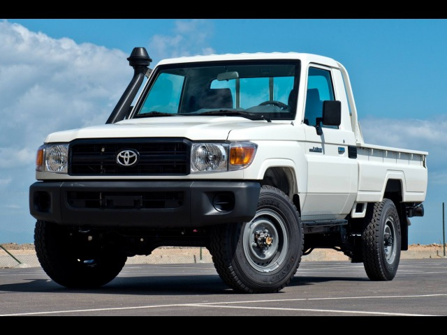Toyota Land Cruiser 79 Single Cabin 4 2L Diesel 3 seater LHD