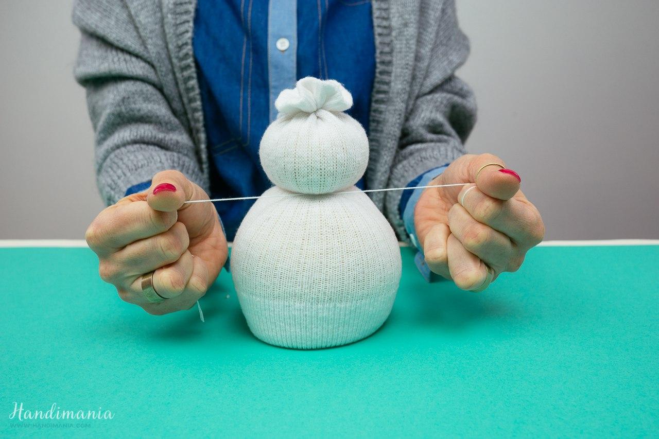 Как сделать снеговика из носка пошаговое