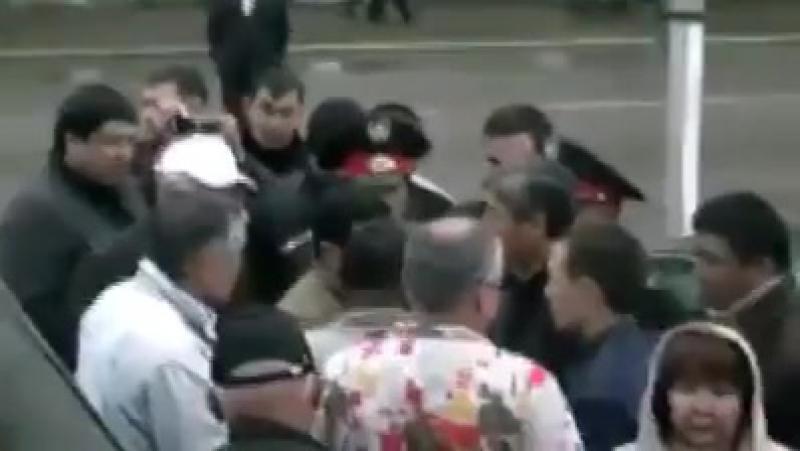 Тоқтар Əубакіров халық қаһарманы