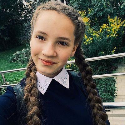 Элина Яценко