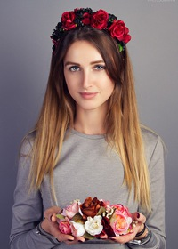 купить ободок для волос с цветами