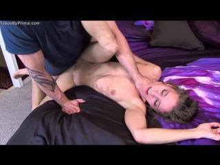 Видео ебут в гавно пьяную девушку фото 326-640