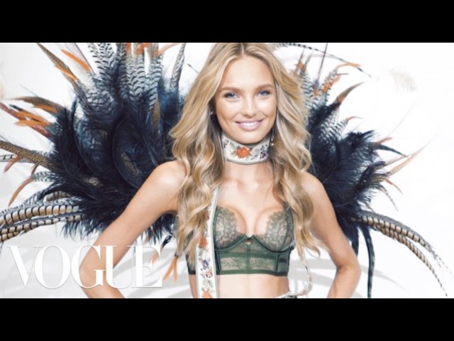 The Victoria's Secret Angels Have Some Surprising Opinions About Beyonce vs. Rihanna | Vogue