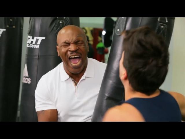 Боксер Бобби и Майк Тайсон | Руди Манкусо