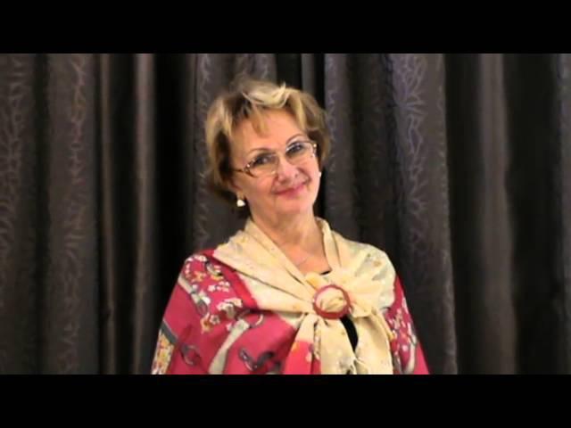 Учимся красиво носить платки,шарфы и палантины