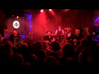 The Matrixx (Матрикс) - Под огнём (28 декабря, Москва, 16 Тонн)