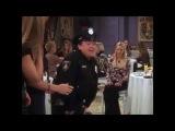 Friends Phoebe's bachelorette party Danny De Vito Дэнни ДеВито в сериале Друзья