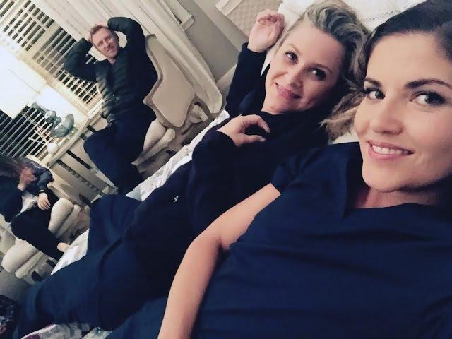Grey's Anatomy Arizona and Eliza 13x23 Ariliza Elizona Kiss