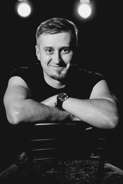 Юрий Николаенко