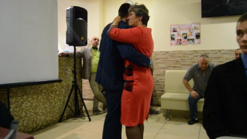 Танец жениха и его мамы