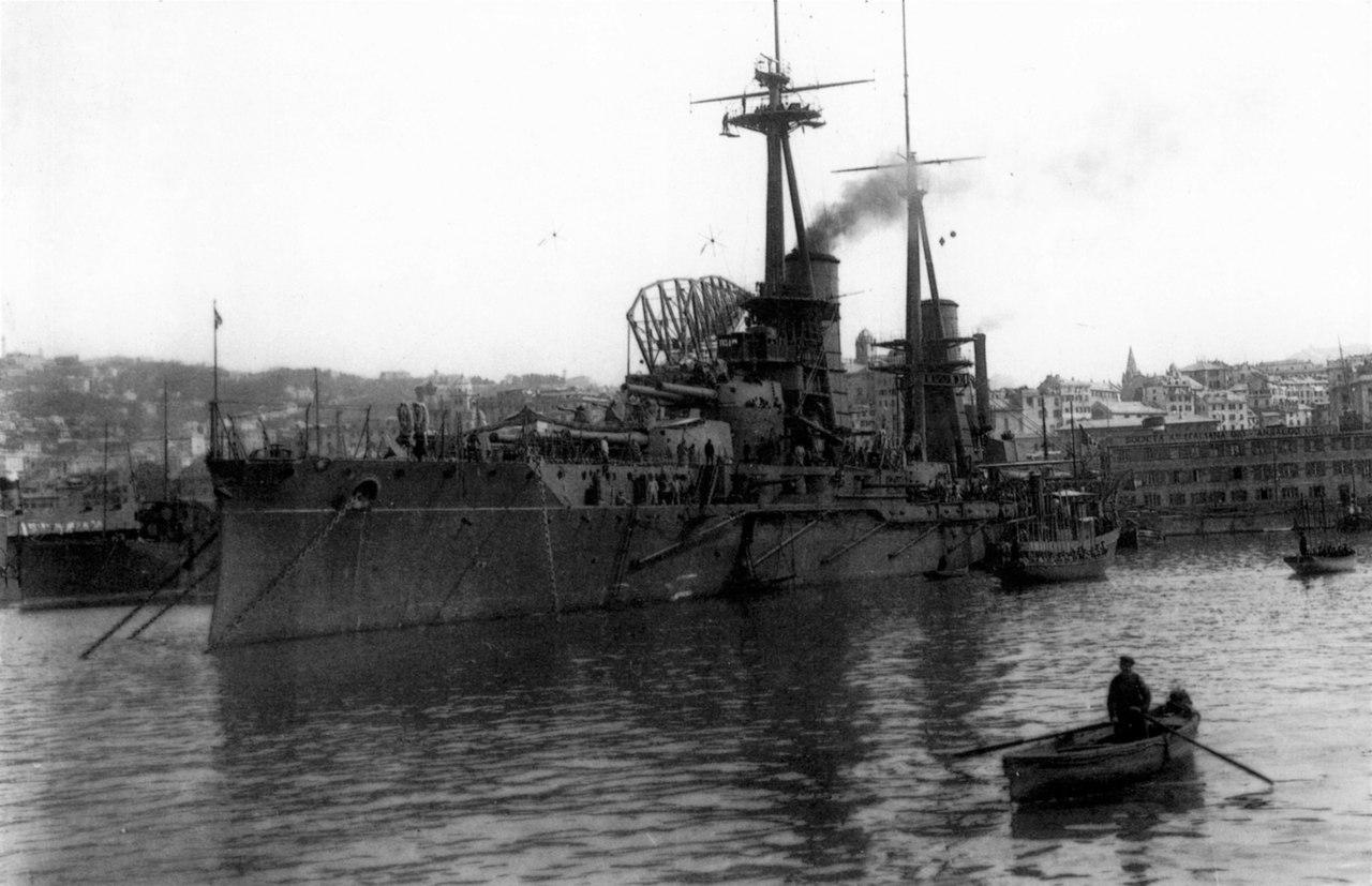 Линкор Кайо Дуилио в Генуе,1915г