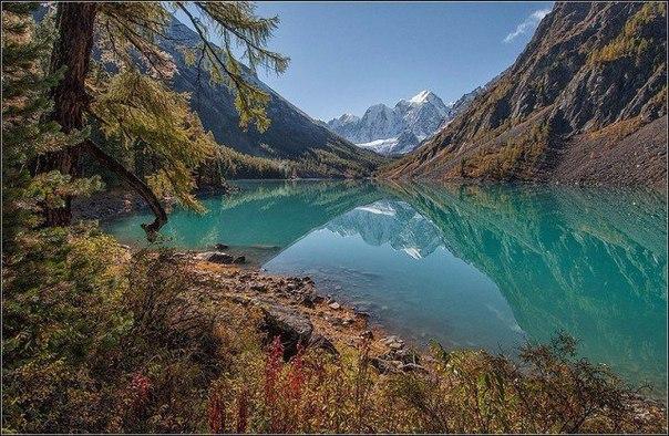 Нижнее Шавлинское озеро, Алтай, Россия