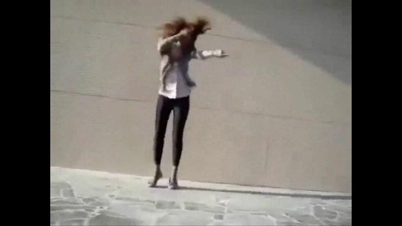 Модная одежда. Nike. Reebok. Adidas. Charli XCX Boom Clap