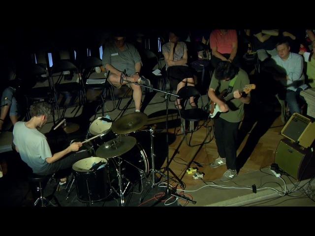 Иван Бушуев, Митя Власик - Bass/drums