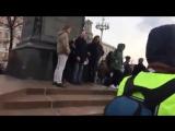 Задержание за гимн Sparta Video