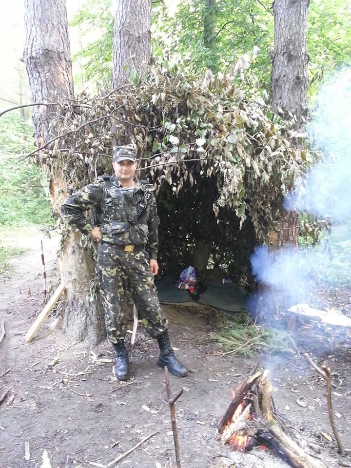 Пам'ятник кіборгові Володимиру Бузенку встановлять на Буковині (ФОТО)