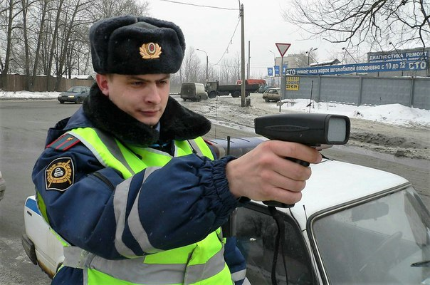 На российские дороги возвращаются ручные радары.
