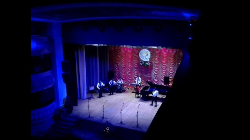 Группа преподавателей муз.школы № 2 . Отчетный концерт в Обл. филармонии
