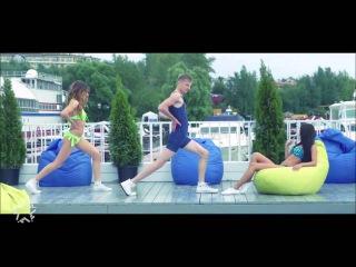 Руки Вверх! feat Боня и Кузьмич - Королева Красоты [hebsub]