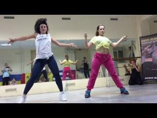 Dee Reggaetonera & Mary PoppinZ - REGGAETON p'aaarrrrriba chicas - Poppi Blanca Festival