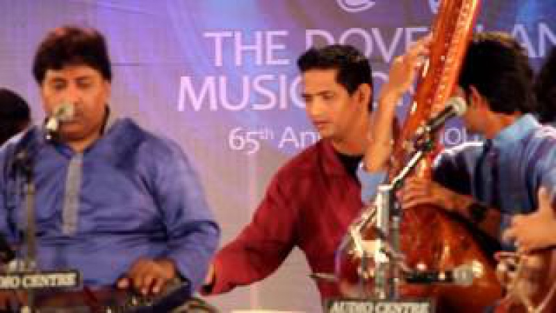 Ustad Rashid Khan: Yaad piya ki aye. Dovelane Music Conference Kolkata 2017
