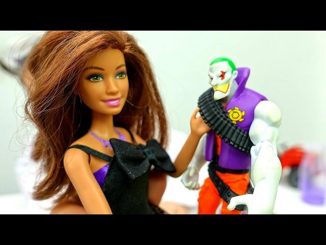 Кукла БАРБИ Шпионка vs Джокер! 📷 Прокачай свой ГАДЖЕТ! Видео Игры опытыдлядетей...