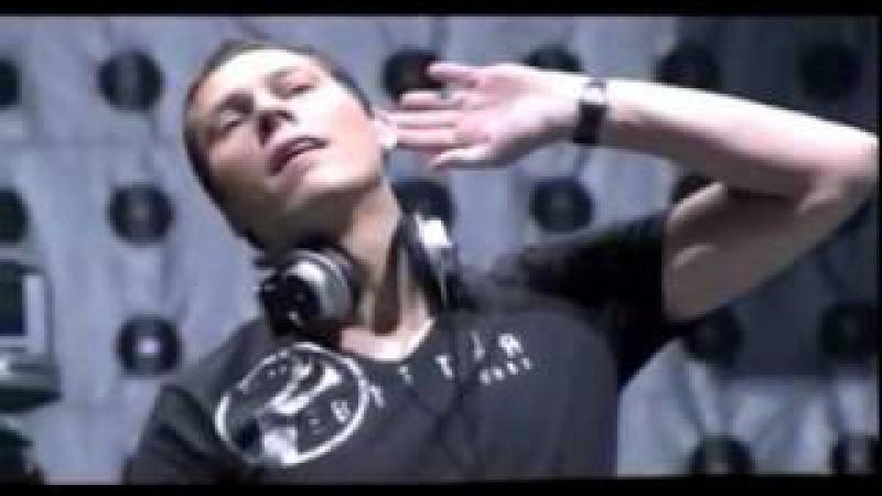 Tiësto VS Armin Van Buuren - video mix by Dario G.