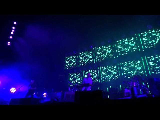 Radiohead - Treefingers (live in Nimes 10th of july 2012)