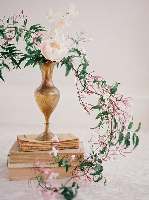 IW12i 1MEcA - Жасмин в весенних свадебных букетах и декоре