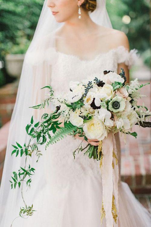 fWka7eSGkrU - Жасмин в весенних свадебных букетах и декоре