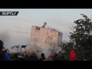 227 кг взрывчатки на здание: в США снесли историческую постройку