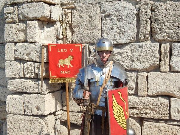 римский легионер и вексила