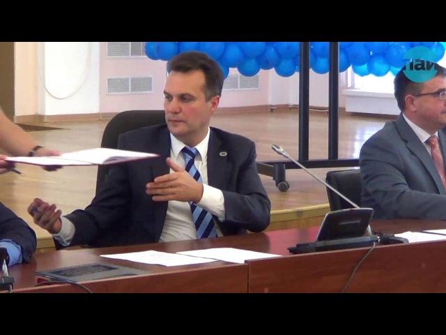 В Пскове подвели итоги выборов депутатов Госдумы 7-го созыва по партийным спискам и по 148-му Псковскому одномандатному округу, а также депутатов Псковского областного Собрания 6-го созыва по партийным спискам и 22 одномандатным округам.