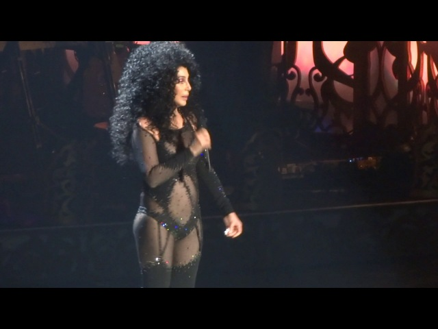 If i could turn back time - Cher - Vegas - Opening night 2017