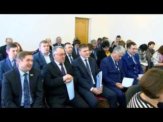 Депутаты сняли полномочия с главы города
