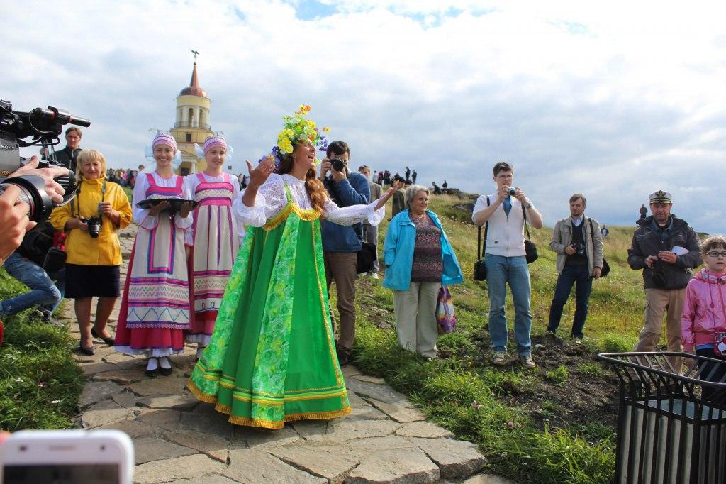 Традиционные гуляния на Лисьей горе