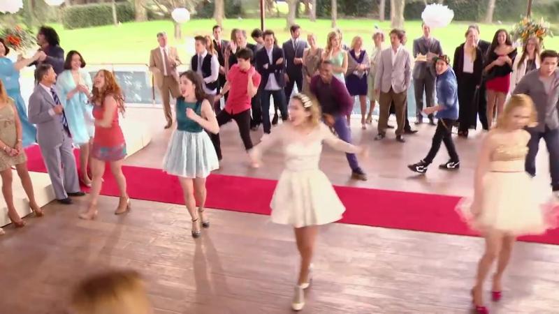 Violetta_ Momento Musical_ Todos interpretan Esto No Puede Terminar