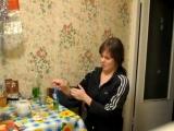 Девушка учит как правильно пить Абсент. Все дубли.