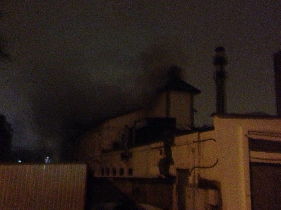 В Харькове среди ночи горел ресторан? (ФОТО) (ВИДЕО)