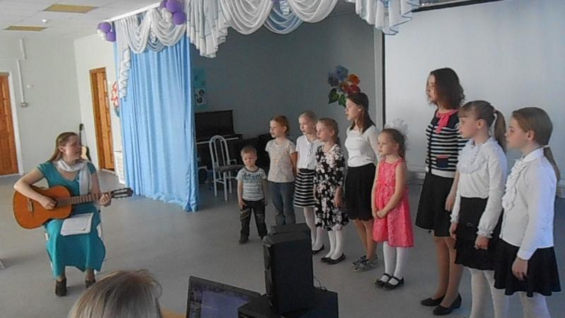 Вера, Надежда, Любовь хор Воскресной школы исполняет в Навигаторе ВидеоМИГ - Лучики