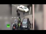 Первые секунды после убийства бывшего депутата Госдумы России Вороненкова в Киев
