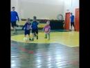 Игра на тренировке. Боковая камеры, трибуна родителей